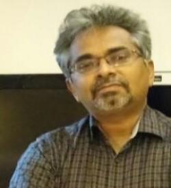 Dr  Muralee Krishnan C